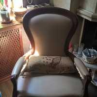 пример перетяжки кожаное кресло